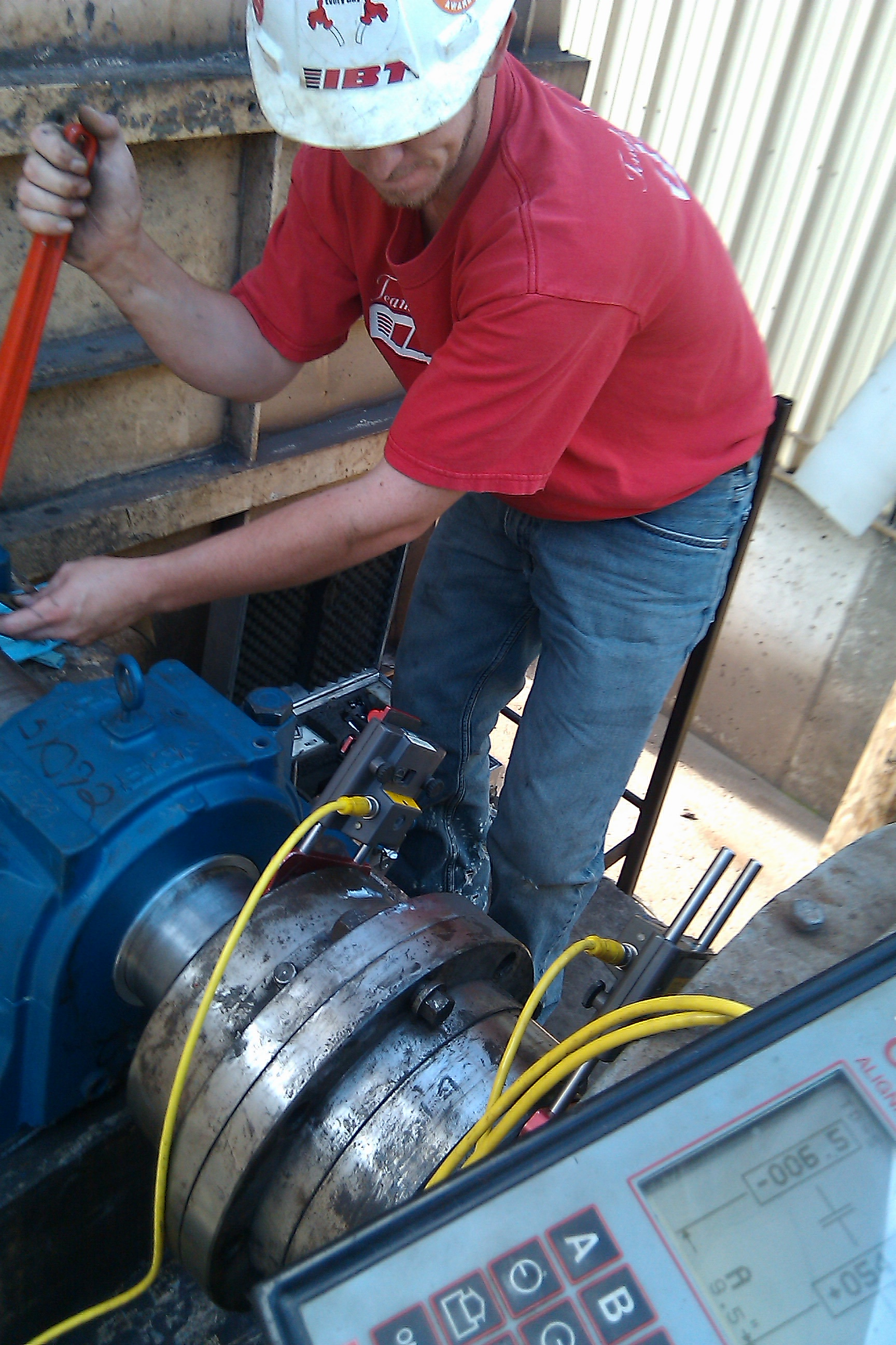 Why motor alignment saves you money for Pump motor shaft alignment tools